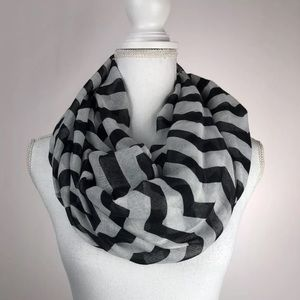 Black and White Chevron Infinity Shawl/ Scarf